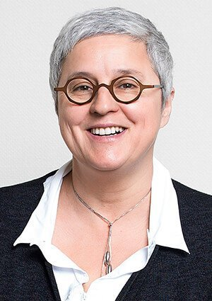 Isabelle ASSASSI, Professeur en Marketing